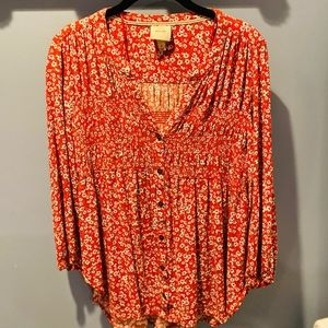 Girls top phesant style shirt size medium high low